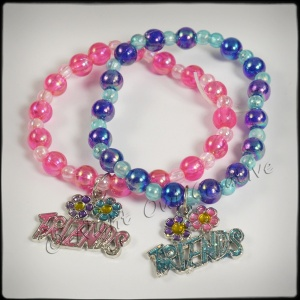 Girls Beaded ''Friends'' Stretch Bangles with Charm - Blue Pink